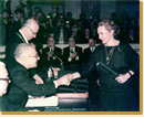 (Receiving the Academy of Athens prize) click here