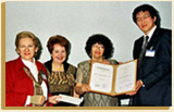 (Presentation of the IBBY-Asahi Reading Promotion Award 2003, Bologna, Italy) click here
